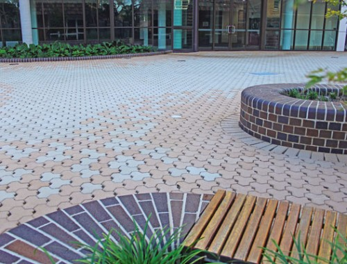 Retaining walls adelaide clay pavers patio pavers for Pavers adelaide