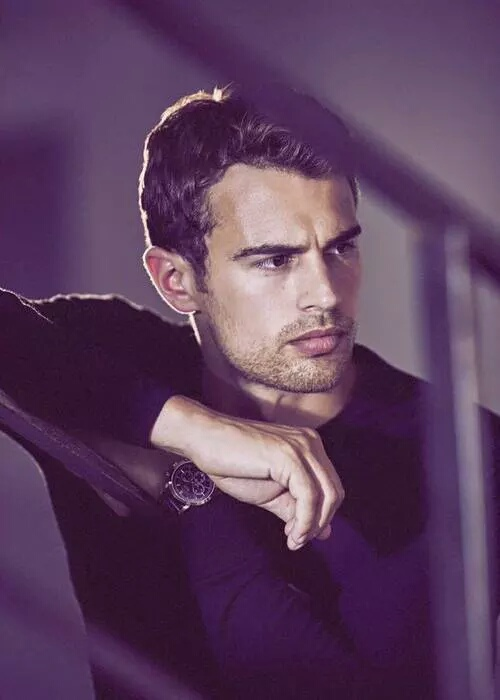 Theo James From Diverg...