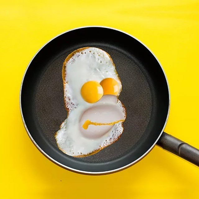 eggs, simpsons, homer and minimalism