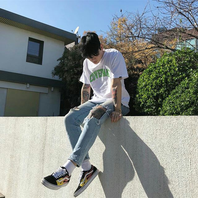korean, grunge, asian guy and accessories