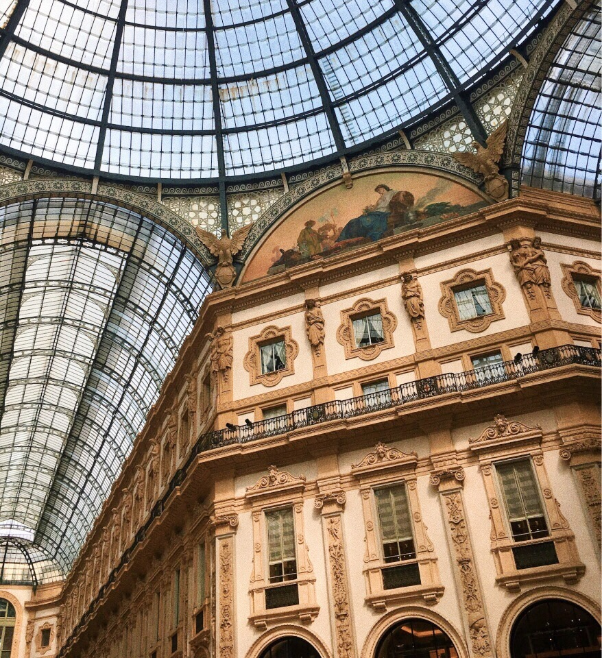 Louis Vuitton, architecture, art and beautiful