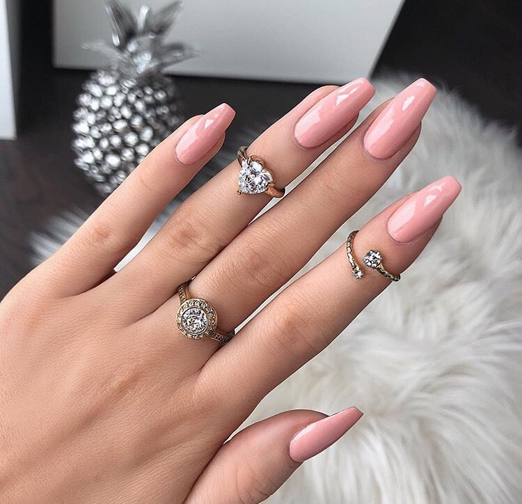 pink nails, nails goals, beauty and claws inspo