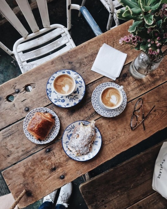 food, croissant, coffee and cake
