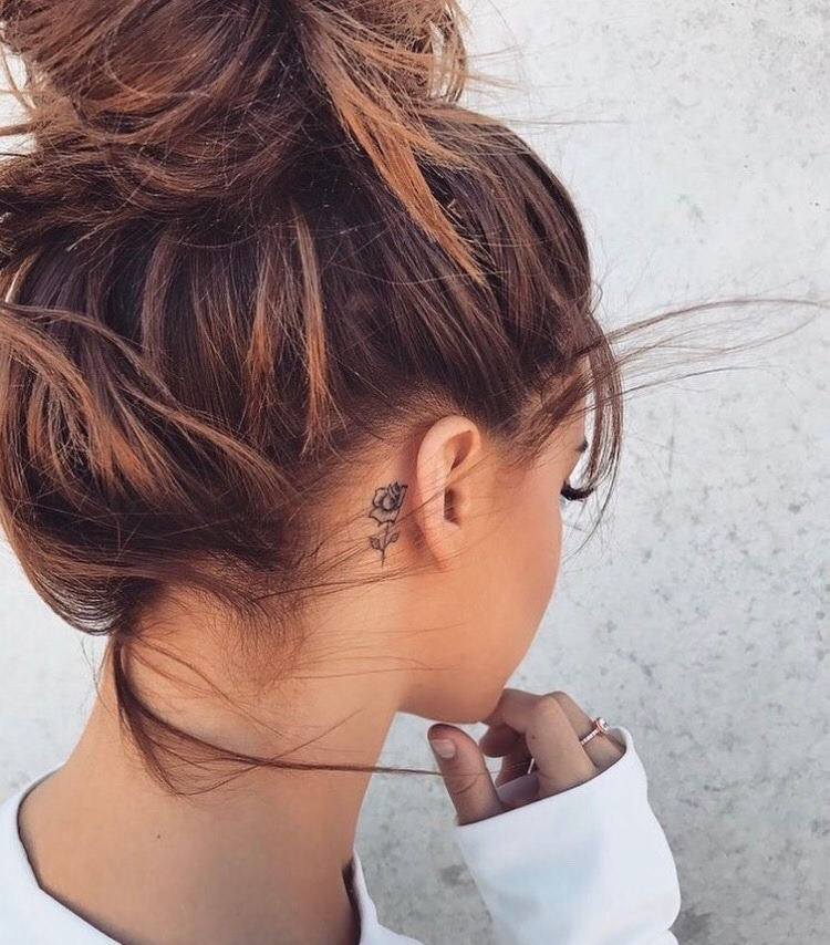 wall, ear, hand and pose