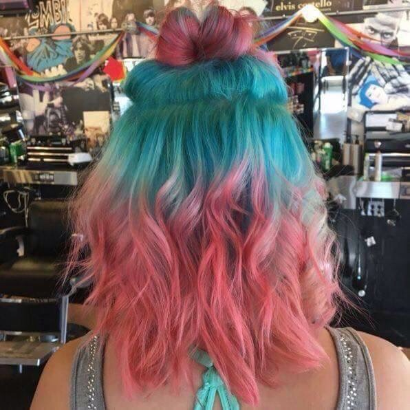 curls, light, pink and blue