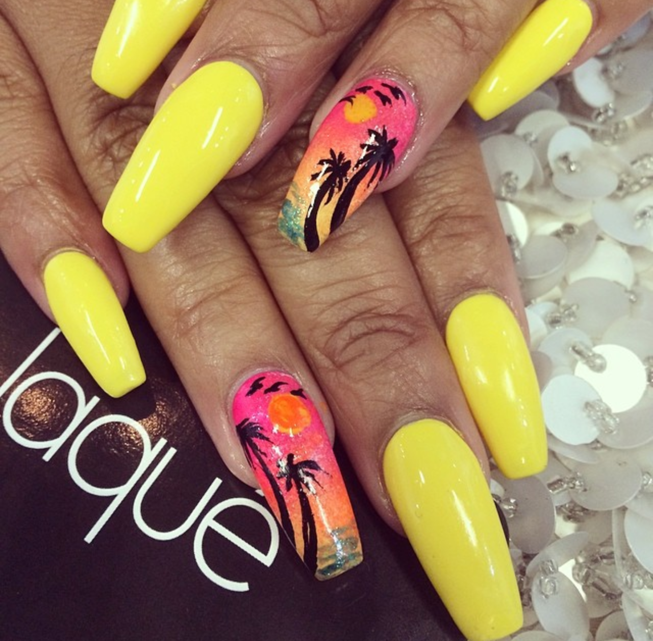 designs, yellow, beach and pink
