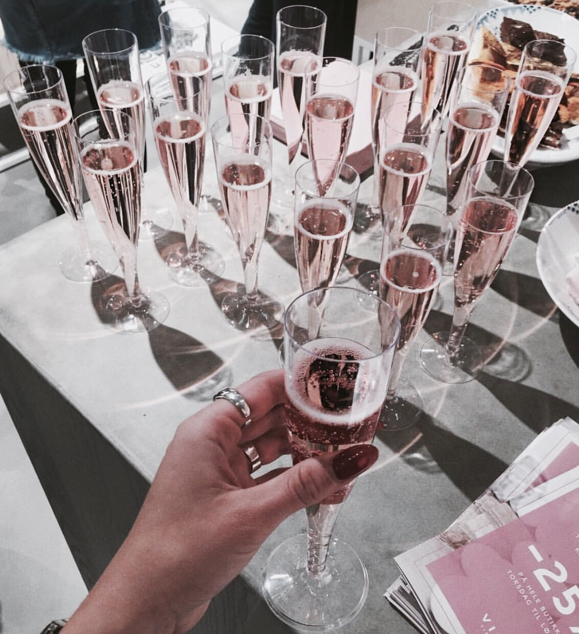 rose gold, aesthetic, vogue and drinks