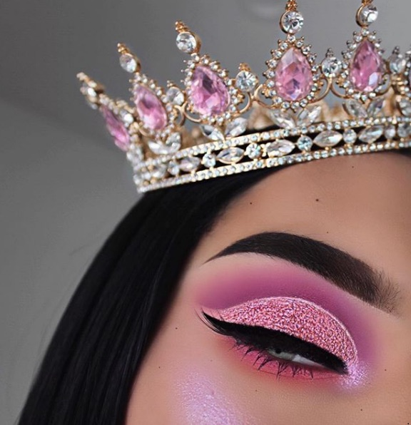 beauty, crown, eyeshadow and girl