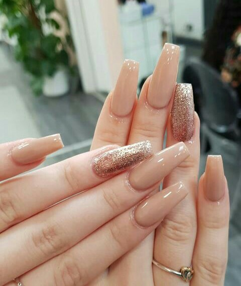 soft, Prom, nails and chic
