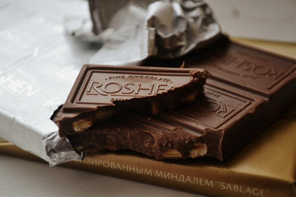 chocolate, delicious, dessert and food