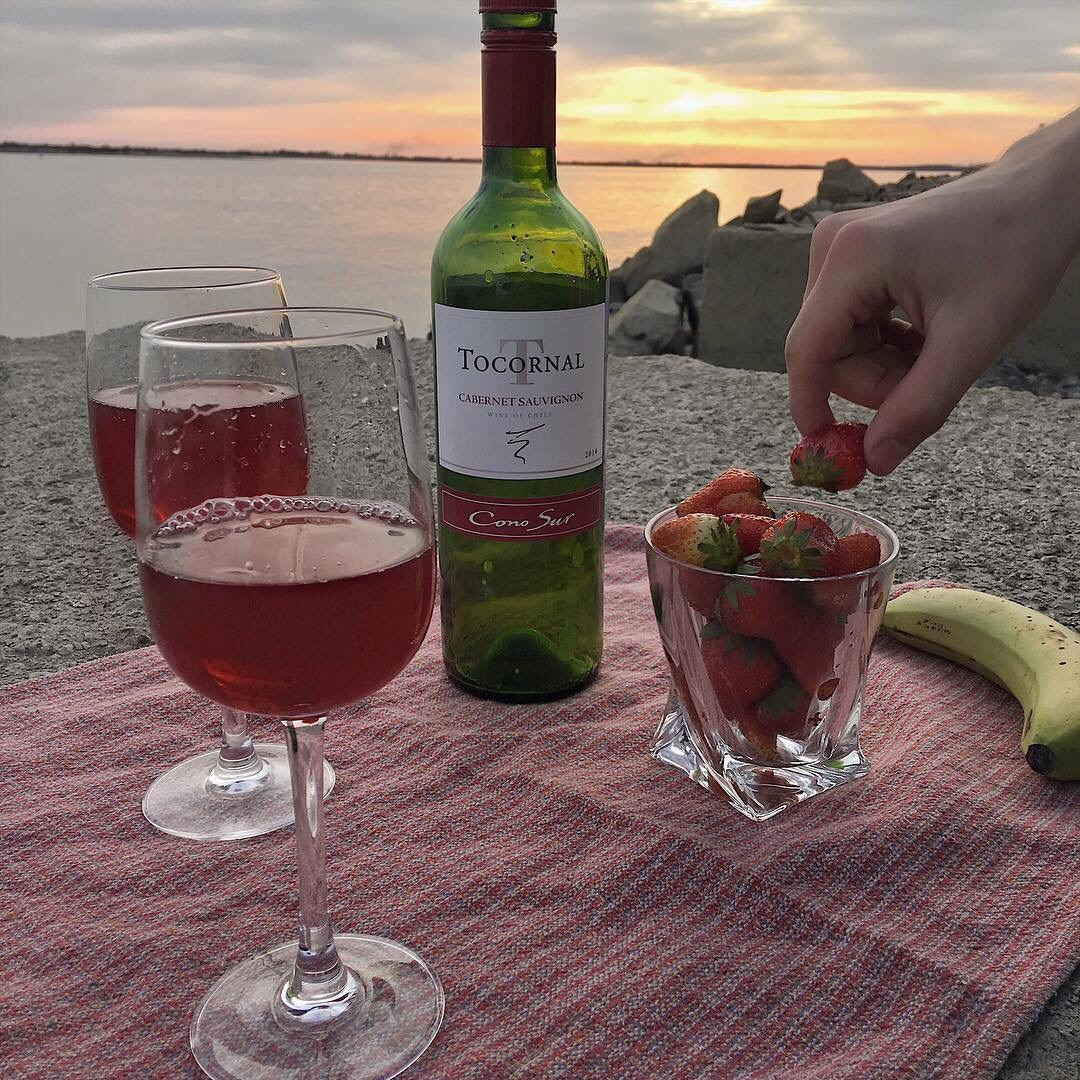 strawberry, photography, sunset and artsy