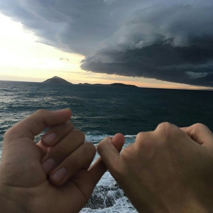 hands, nubes, love and couples