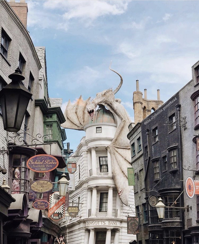 hufflepuff, aesthetic, diagon alley and slytherin
