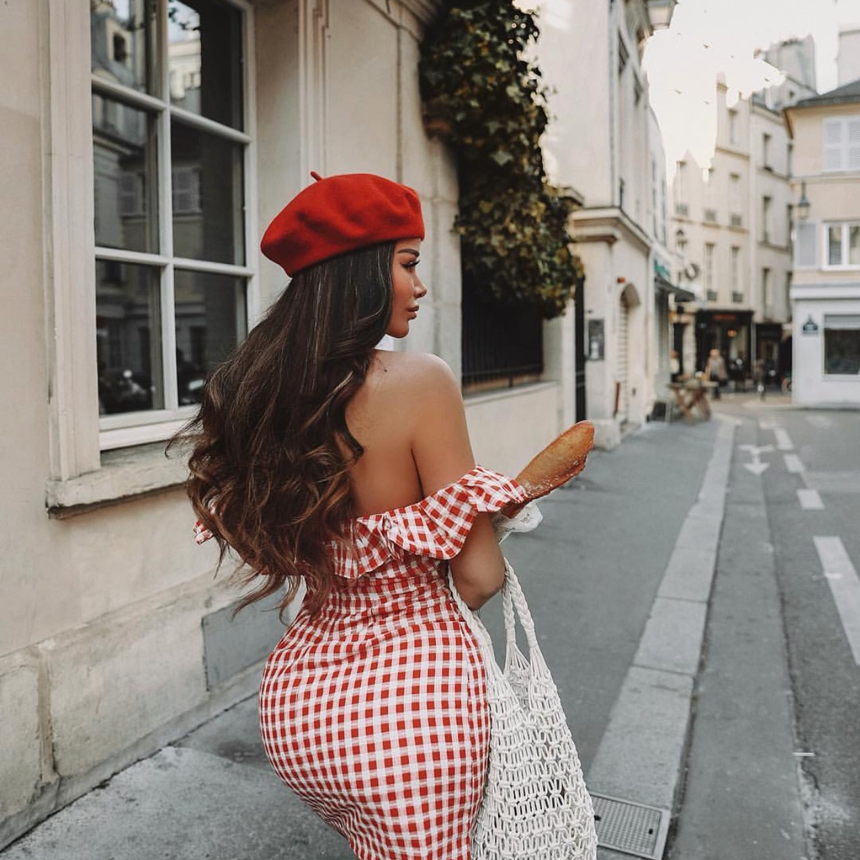 travel, goals, parisienne and lifestyle