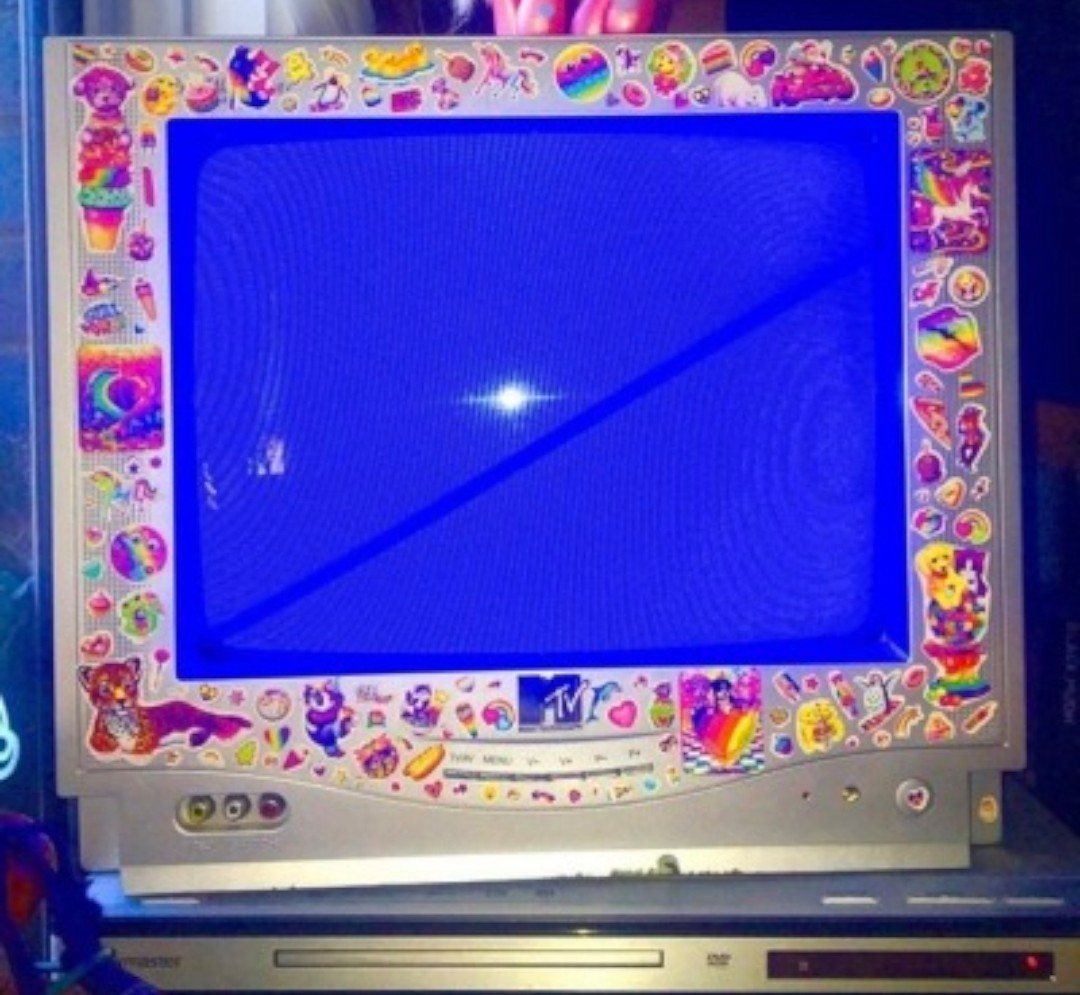 mtv, vhs, 00s and lisa frank