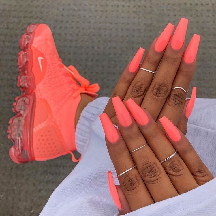 ?, nails, manicure and claws