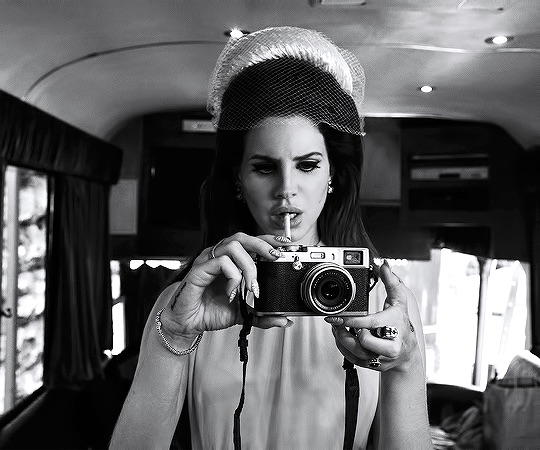 lana del rey, idol, lana style and queen of disaster