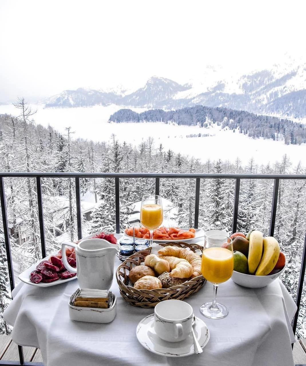 snowing, nature's beauty, snow and breakfast with a view