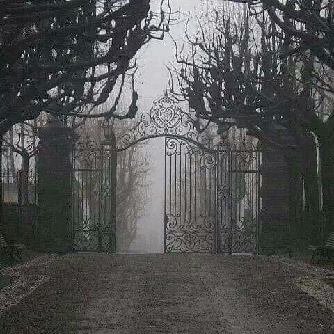 misty, hell gates, horror and gates