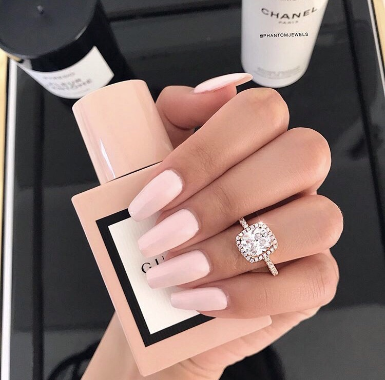 love, nails and Nude