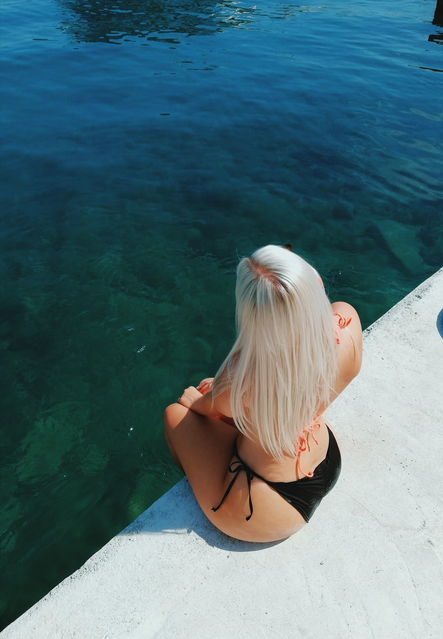 holiday, blonde, curvy and water