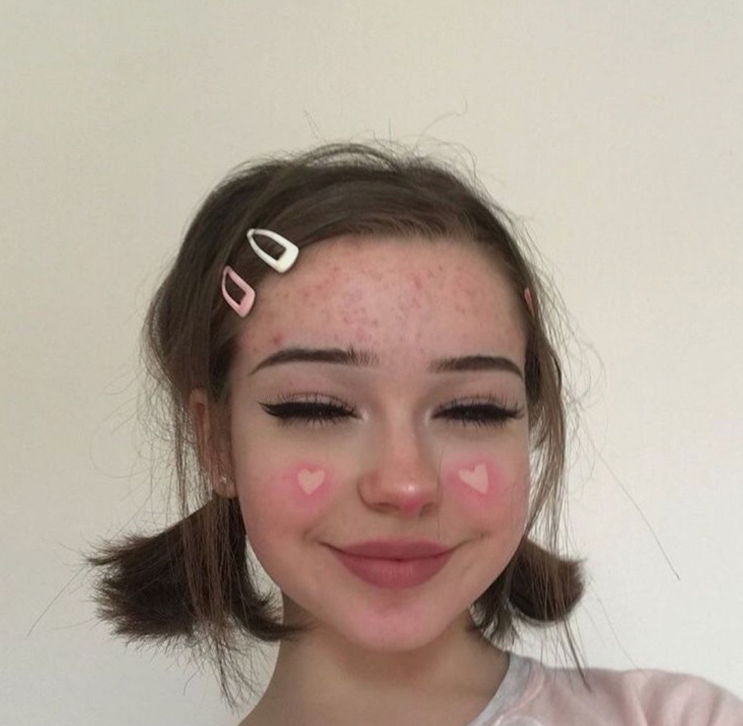 model, hair clips, blush and aesthetic